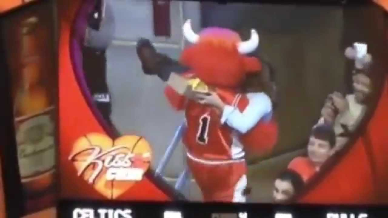 Bulls mascot rescues woman from imbecile boyfriend