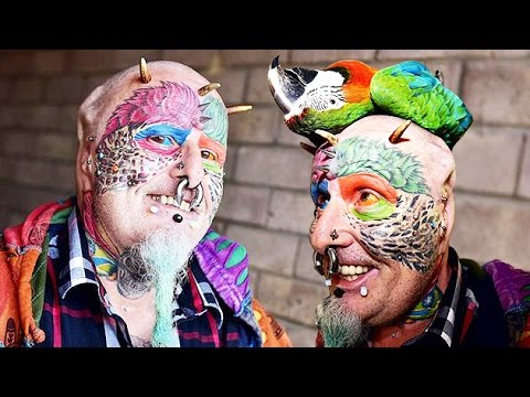 Man CUT EARS to look like is beloved PARROT !!! WTF ???