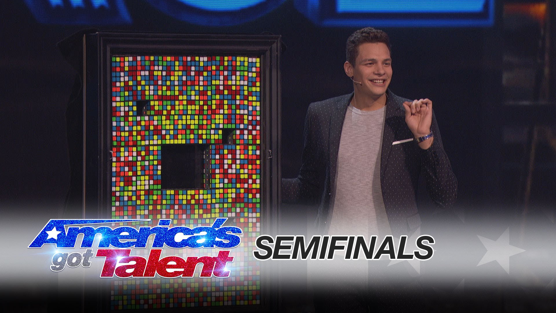 Magician Baffles Audience with Rubik's Cube Trick