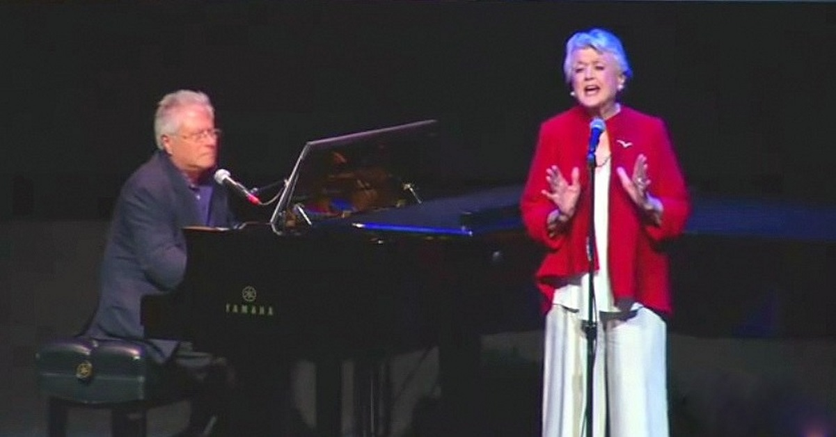 90-Year-Old Angela Lansbury Moves Crowd To Tears Singing 'Beauty And The Beast' For 25th Anniversary